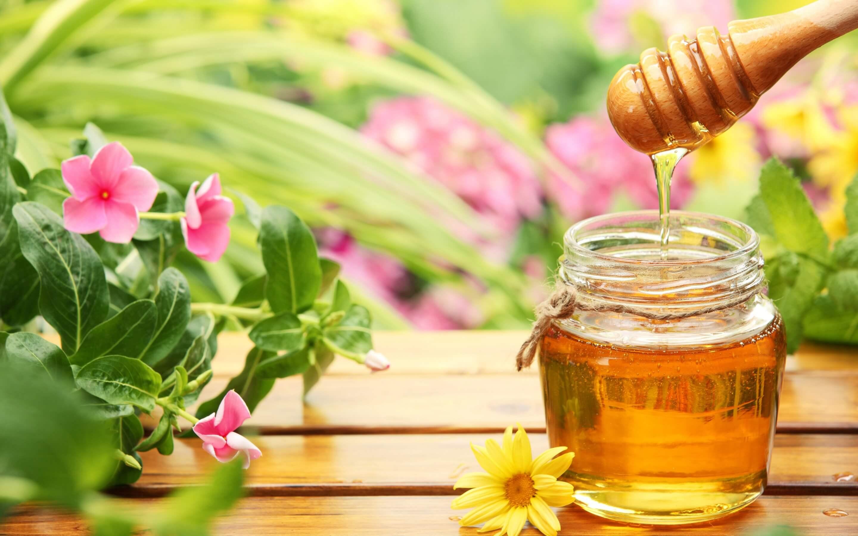 3 mẹo làm đẹp toàn diện cùng mật ong