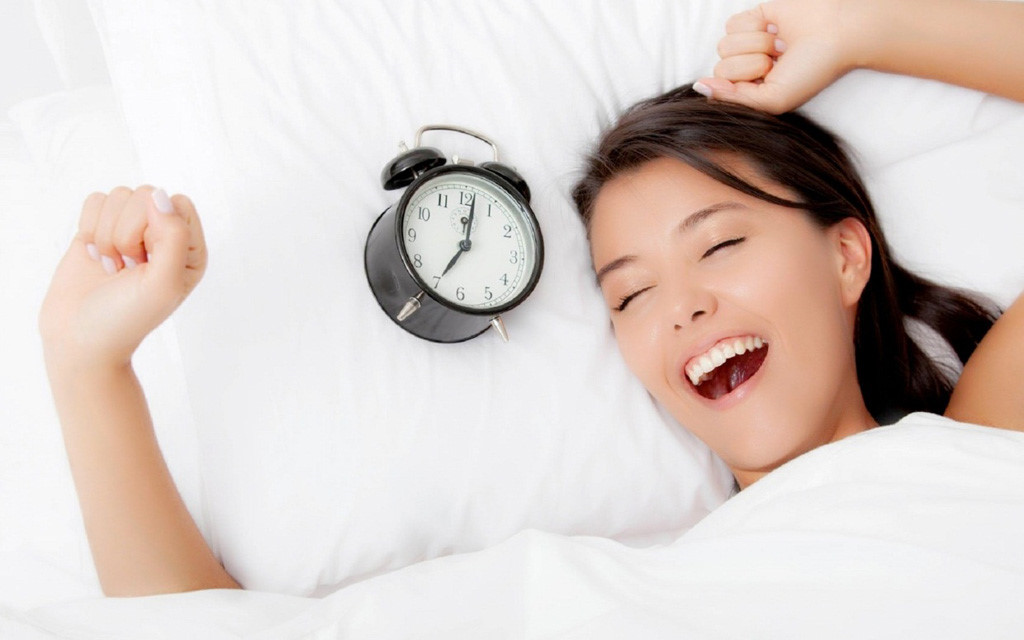 Ngủ đúng cách để duy trì làn da trẻ đẹp